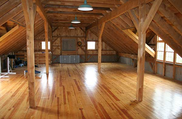 Custom post beam barn wallingford ct for Post and beam barn plans free